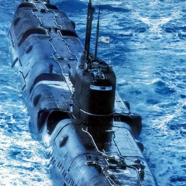 подводники с атомной лодки
