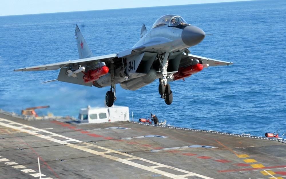 Посадка на авианосец адмирал кузнецов